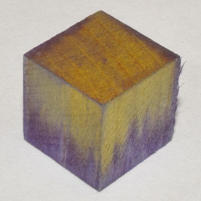 Teinture indigo dans bois